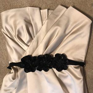 Vera Wang Nude Dress